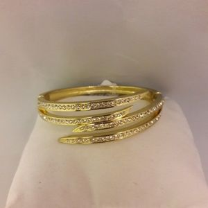 Gold Zigzag Bracelet